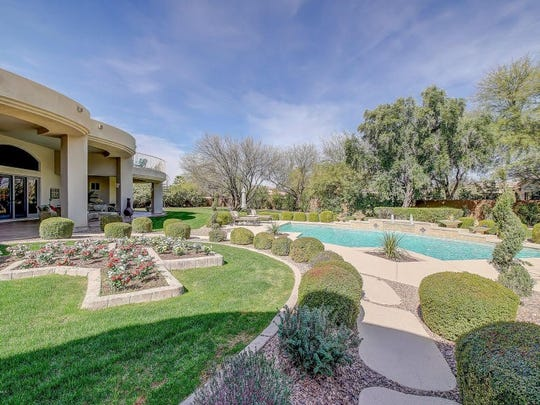 The Paradise Valley home was purchased by Rohit Dwivedi for $1.8 million.