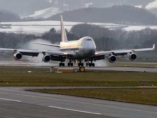 Ask the Captain: Can a 4-engine jet fly on 2 engines?