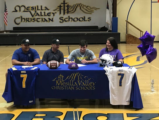Mesilla Valley Christian's Brock Maddox signed to play