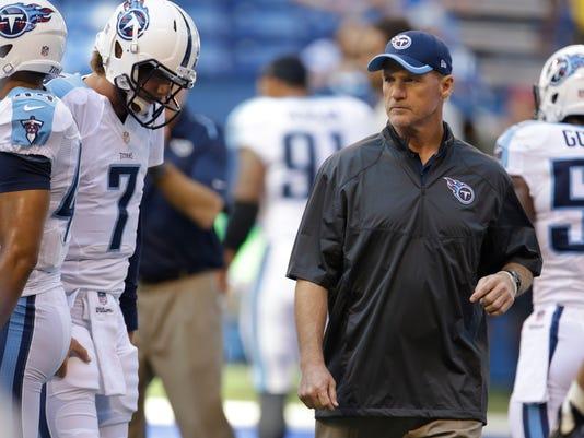 Titans Colts Football (2)