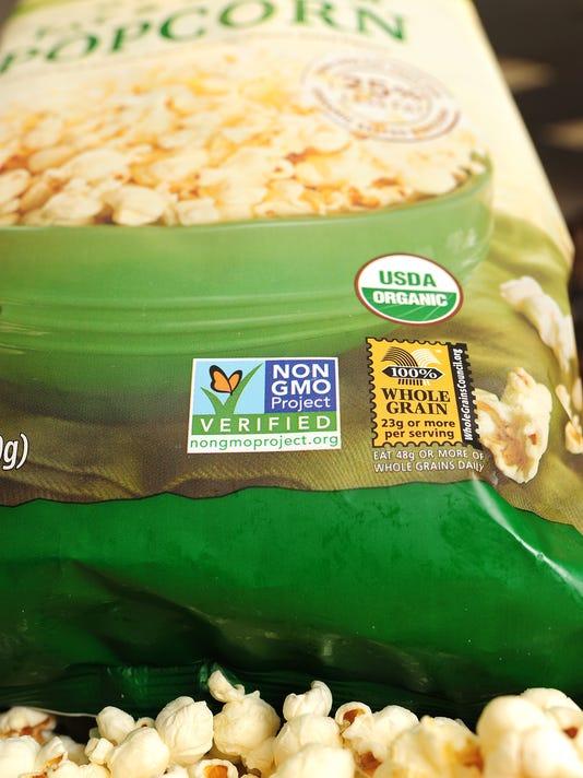 US-VOTE-CALIFORNIA-AGRICULTURE-FOOD-GMO