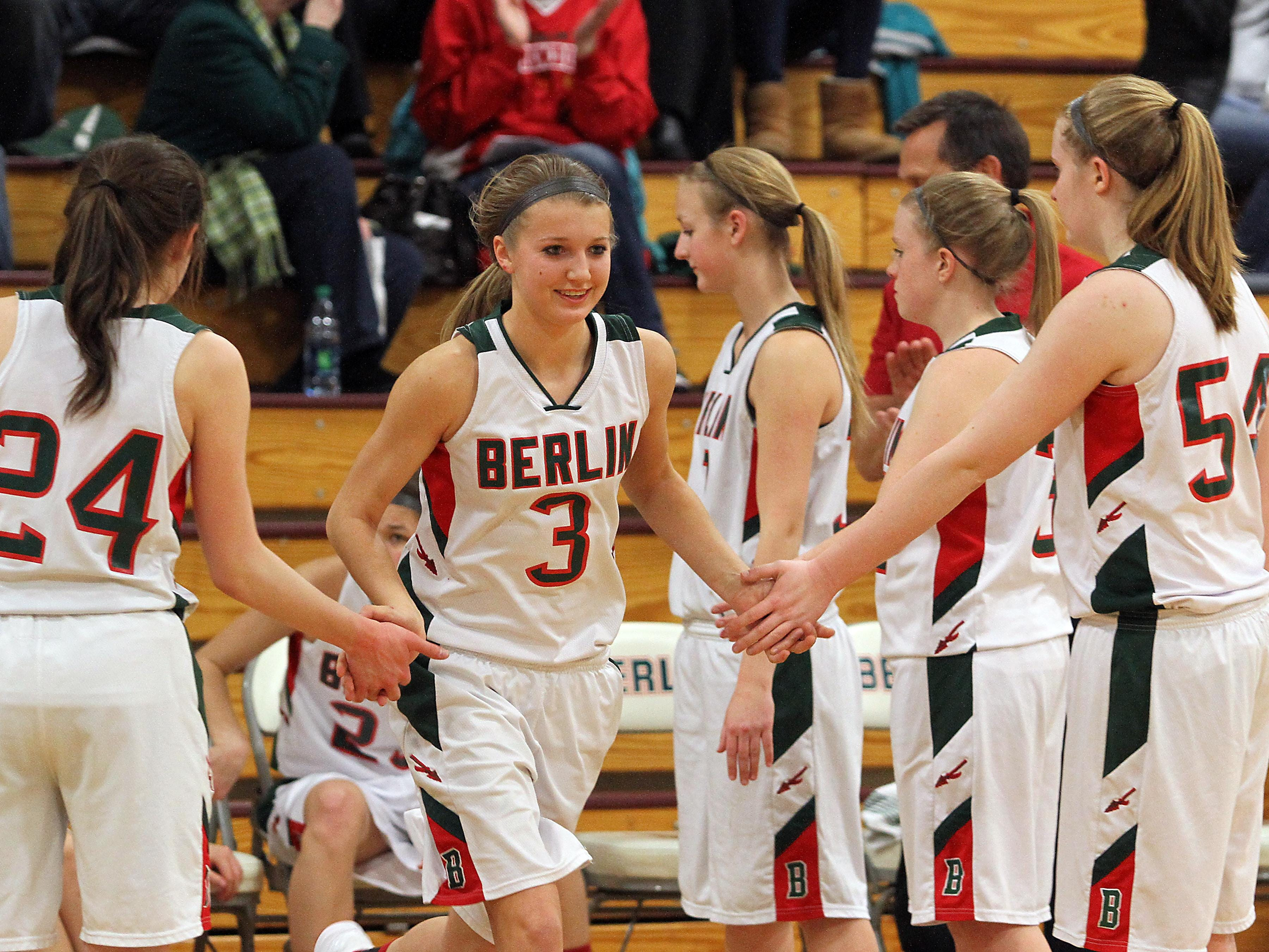Berlin's Julia Silloway (3) is only 12 points away from reaching 1,000 career points.