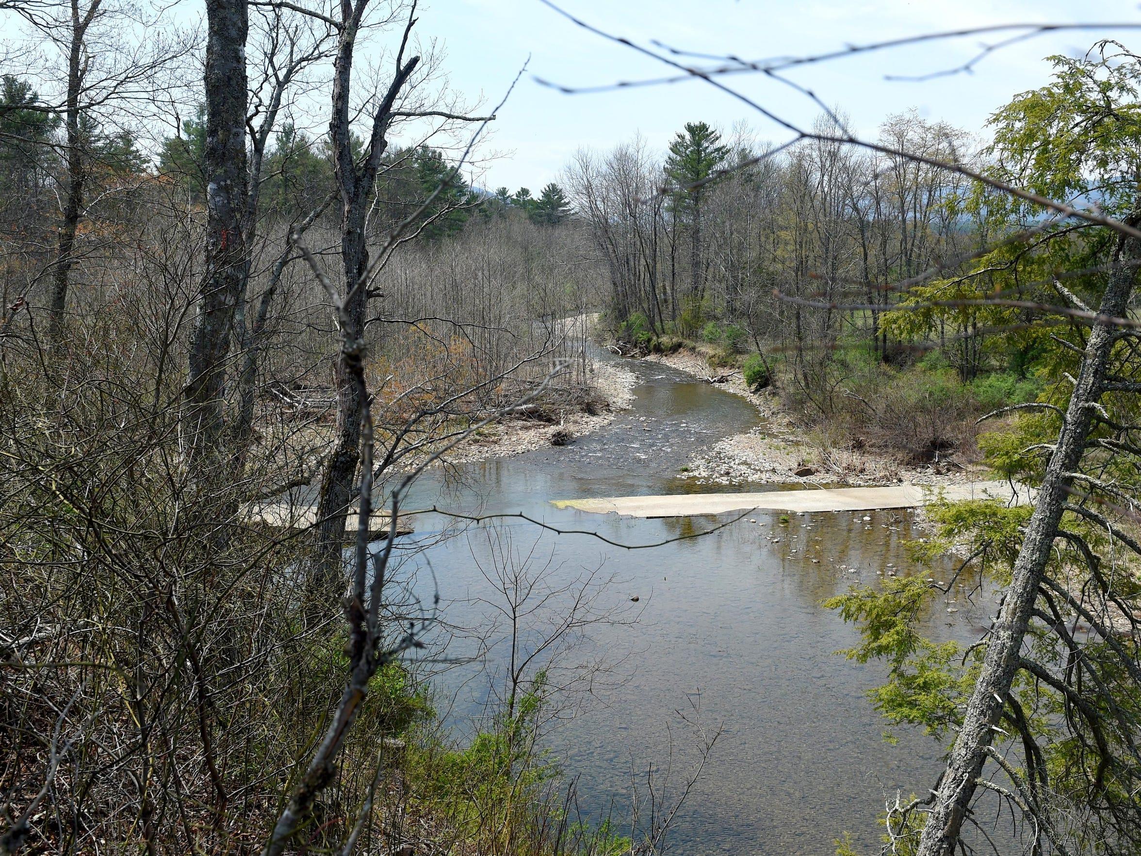 Alternate pipeline route in Deerfield