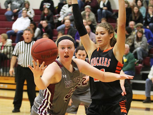 OSH Girls Basketball Winneconne vs Clintonville 112114 12.jpg