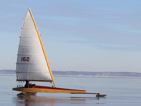 -OSH Ice Boating 010115 16.jpg_20150102.jpg