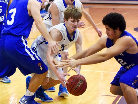 R.E. Lee at Fort Defiance boys' basketball