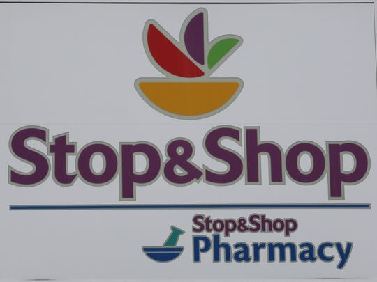The Stop & Shop supermarket logo.