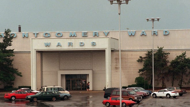 The Montgomery Ward store at the Lansing Mall, July 8, 1997.