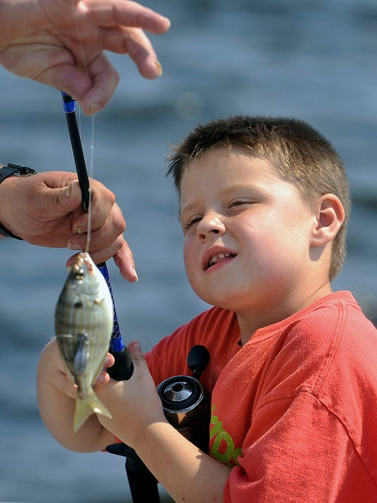 -PNJBrd_05-04-2014_NewsJournal_1_E009~~2014~05~02~IMG_fishing_rodeo_1_1_4A77.jpg