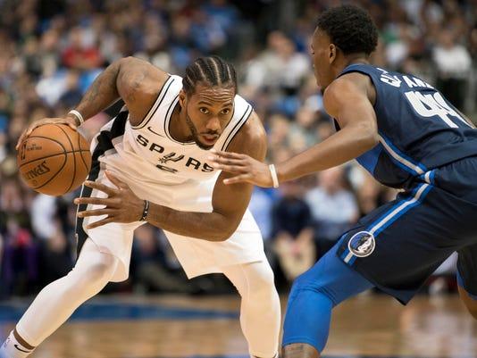 NBA: San Antonio Spurs at Dallas Mavericks