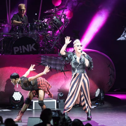 Brookfield police investigate sale of alleged counterfeit Pink concert tickets