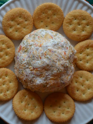 This cheeseball makes an excellent hostess gift. The