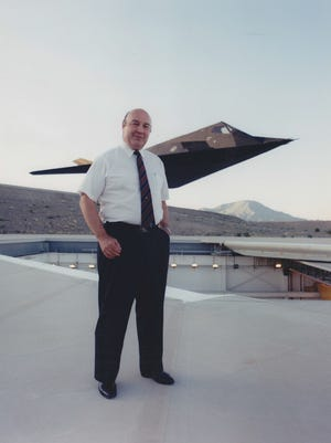 Denys Overholser, a graduated of Dallas High School and Oregon State University, was a member of Skunk Works, the legendary band of scientists and engineers who worked on top secret projects for Lockheed Martin.