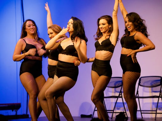 Dancers from Glam! Bam! Burlesque!