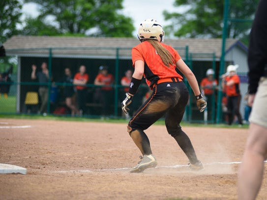North Union's Abby Davis rounds third during an 11-1