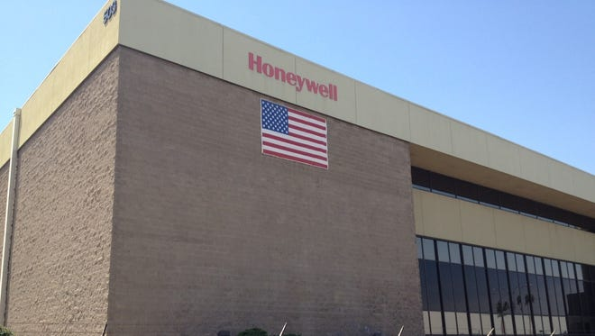 Honeywell International Inc. plans a small number of job cuts at its Aerospace division that is based in Phoenix, the company said this week.