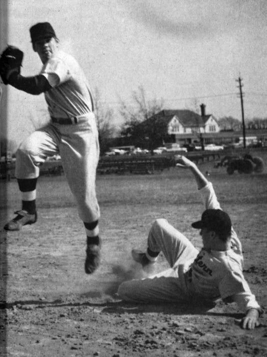 Rose action baseball