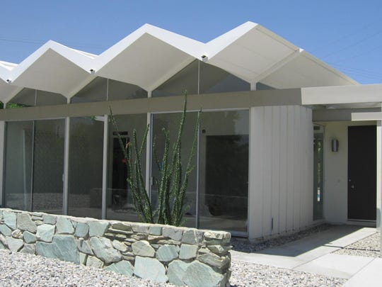 A Donald Wexler Steel House after rehabilitation back to its original midcentury design by Lance O'Donnell and o2 Architecture.