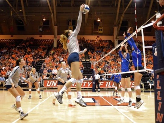 Alison Bastianelli is in her first season playing for the University of Illinois.