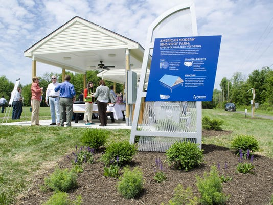 Roof_Farms_Grand_Opening_2015__DSC0181