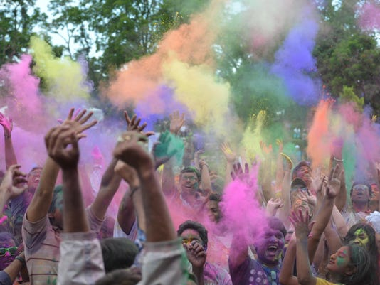 1 FRM festival of colors