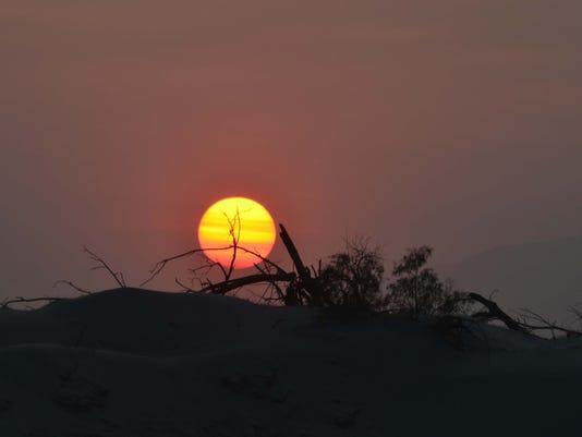 -Sunset 5a.jpg_20130630.jpg