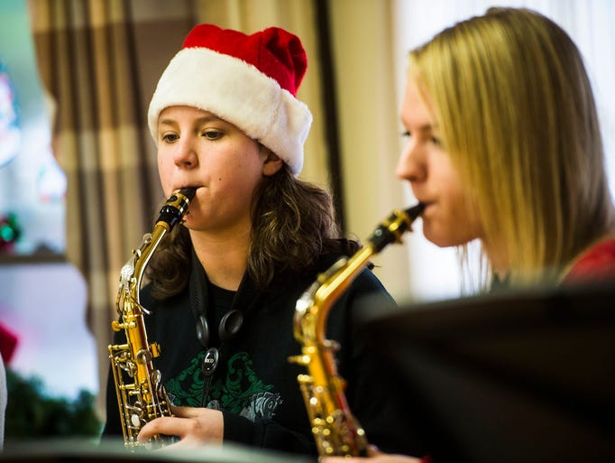 Fairfield Carolers Spread Holiday Cheer