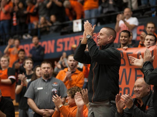Gary Andersen receives an ovation from the Gill Coliseum
