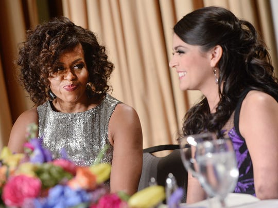 Cecily Strong and Michelle Obama chatted during the dinner portion of the evening.