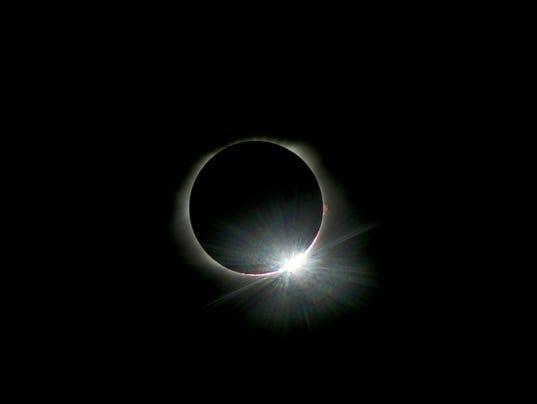 636389324326604902-1-Eclipse.jpg