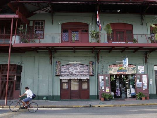 AP COSTA RICA US TOURIST MUGGING I CRI