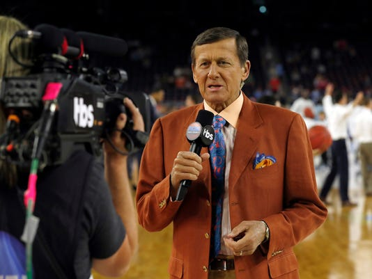"""FILE - In this April 4, 2016, file photo, Craig Sager speaks before the NCAA Final Four tournament college basketball championship game between Villanova and North Carolina in Houston. Sager will receive the Jimmy V Perseverance Award at the ESPYS on July 13. Sager has continued to work as he receives treatment for leukemia. The award is named for the late North Carolina State coach and broadcaster Jim Valvano, who gave his famous """"Don't ever give up"""" speech at the 1993 ESPYS while battling cancer. (AP Photo/David J. Phillip, File)"""