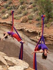 STG aerial dancer 0622 02