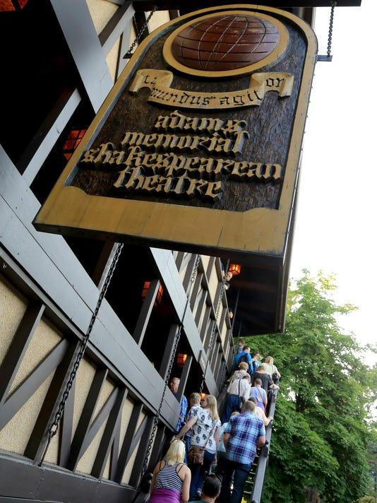 STG shakes adams theatre 0628 09