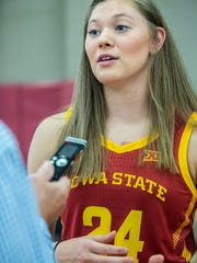 Iowa_St-Joens_Basketball_33941.jpg