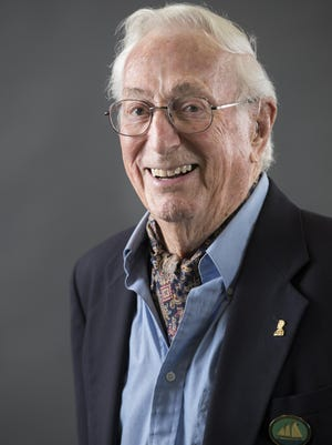 Bill Gossett will be honored with a Doctorate of Humane Letters at Lincoln College on Veteran's Day.