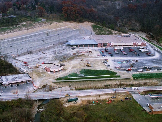 Construction and development of the old El Rancho Rankin