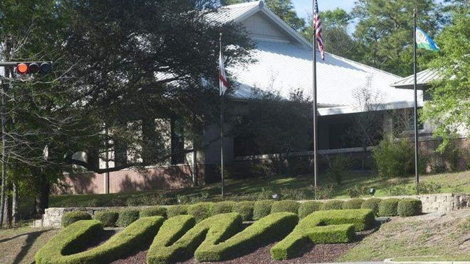 The bargaining agreement between faculty and administration at the University of West Florida is one step away from being final.