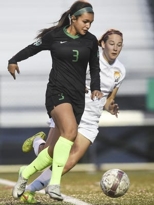 Fossil Ridge's Sophie Smith, along with fellow SaberCat Jaelin Howell, have been named to the U.S. U-17 national team in an attempt to qualify for the World Cup.