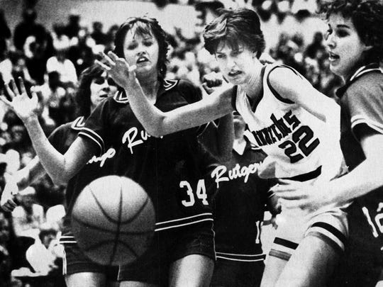 Old Dominion star Anne Donovan, of Ridgewood, scrambles for a loose ball.