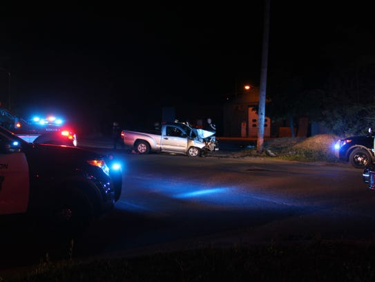 Shelburne and Burlington police surround a silver truck
