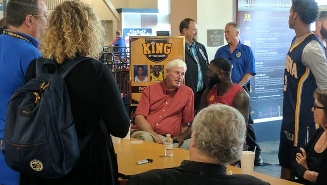Bob Knight meets Pacers guard Lance Stephenson at Indiana Grand.