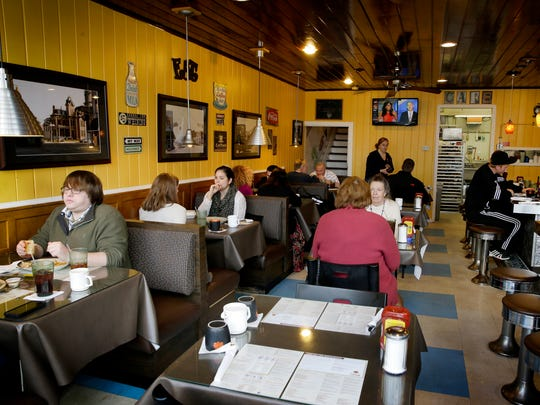 Inside Sunrise Cafe at Uptown in Noblesville during