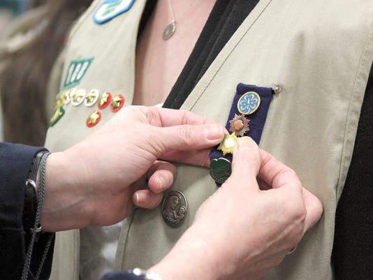 YDR-SUB-061016-Girl-Scouts-Gold.jpg