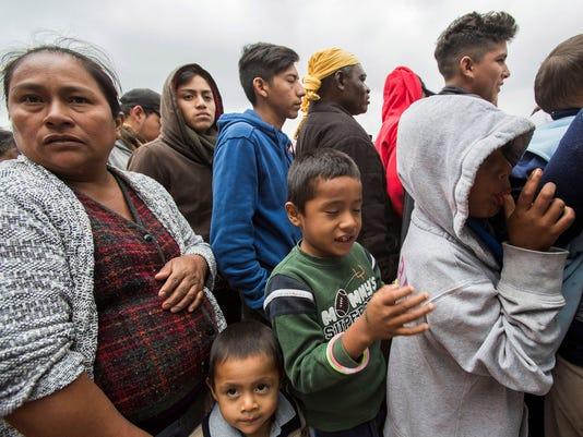 migrant-caravan-050218