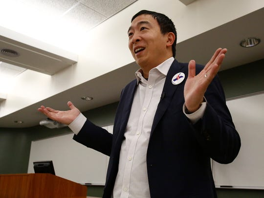 Entrepreneur, author and Democratic presidential hopeful Andrew Yang speaks to students and community members at Simpson College on Jan. 31.