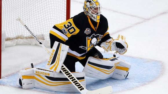 Pittsburgh Penguins goalie Matt Murray plays during