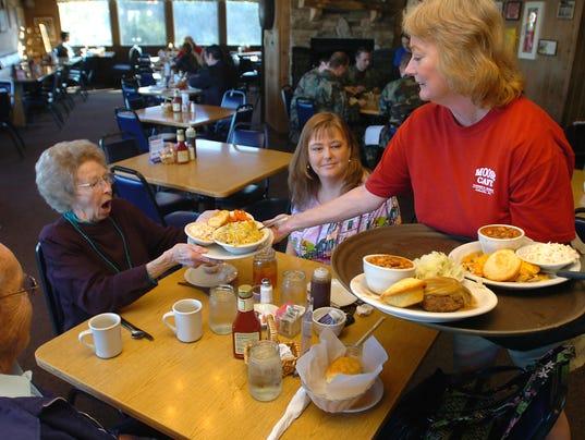 Moose Cafe & United Way