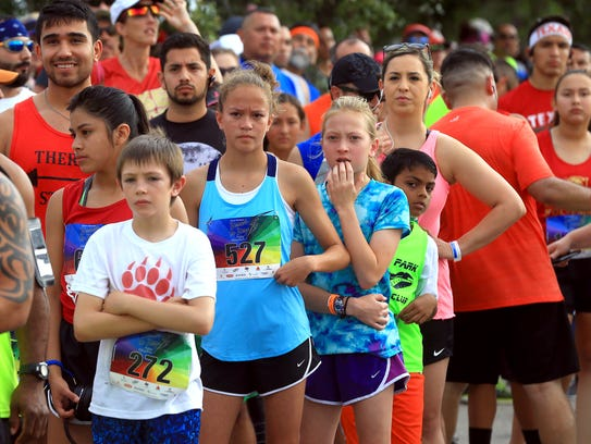 Runners participate in the 42nd annual Beach to Bay