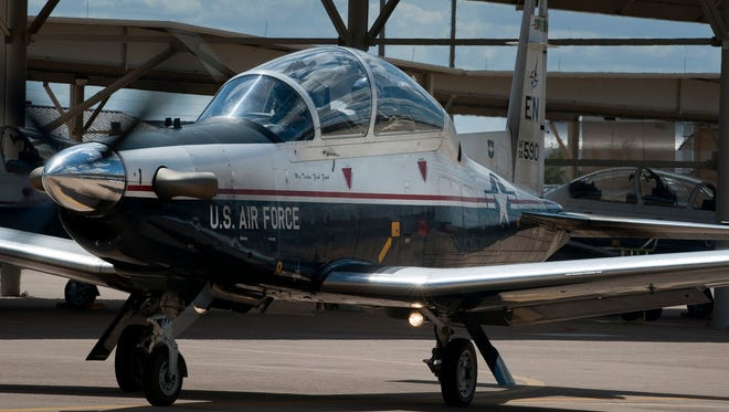 A T-6A Texan II taxis at Sheppard Air Force Base, Texas.